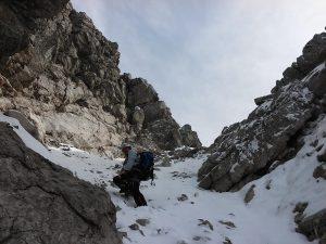 aufstieg durch schneerinne